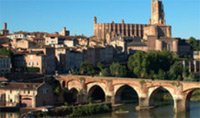 Albi la Rouge is located on the banks of the river Tarn in the south west of France.